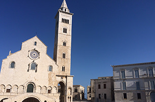 Cattedrale di Trani | B&B Giovinazzo | the flower of hospitality